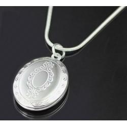"""Atsidarantis pakabukas """"Medalionas"""""""