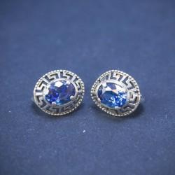 Sidabriniai auskarai su mėlynu cirkonio kristalu